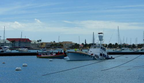 An American boat sank in Marina Fort Louis | SoualigaPost com